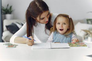 Claves para enseñar inglés desde casa